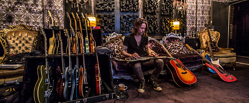 El Vocalista Myles Kennedy Lanza Su Proxima Produccion The Ides Of March Rockamerika